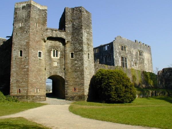 Berry-Pomeroy-Castle-near-Totness